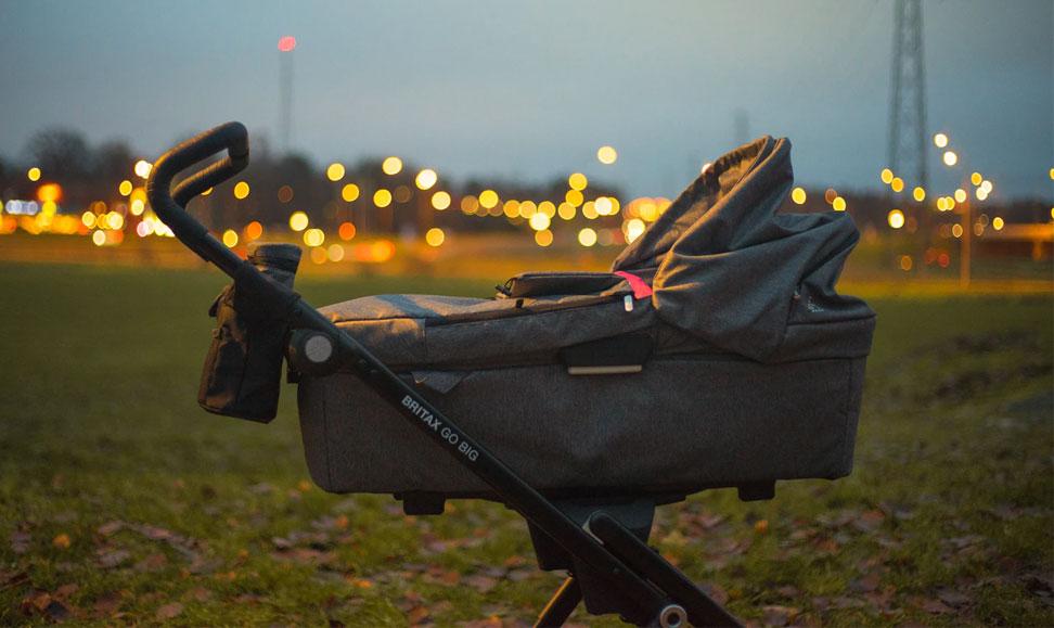 Gdzie sprzedać i jak przygotować wózek dziecięcy?