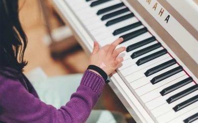 Dlaczego gra na instrumencie pozytywnie wpływa na rozwój dziecka?